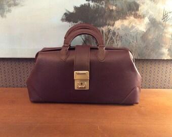 Vintage 1960s McCoy Oxblood Leather Doctors Bag 60s Handbag 25214