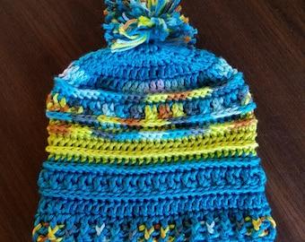 Beanie Hat w/Pom-Pom, medium