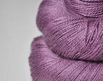 Taking a bath of roses - BabyAlpaca/Silk Lace Yarn