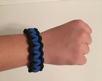 Paracord Bracelet Blue and Black