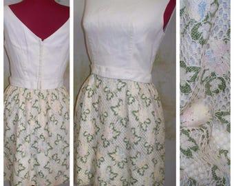 Vintage 60's 70's Boho Crochet Floral Festival Ivory Hippie Mini Shift Dress S/M