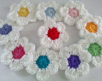 Set of 10 Crochet Flower Appliques Craft Trim