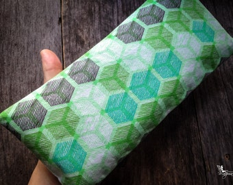 Yoga eye pillow Hexagon Small face cushion Lavender or camomile relaxation meditation gear handmade by Creations Mariposa RY-H