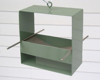 99 Modern Bird Feeder in Sage Green