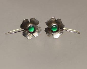 clover earrings, silver clover, chalcedony earring, quatrefoil, flower earrings