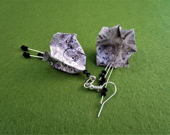 Paper flower earrings, paper flower jewelry, paper earrings, flower dangle earrings, flower drop earrings, origami earrings, origami jewelry