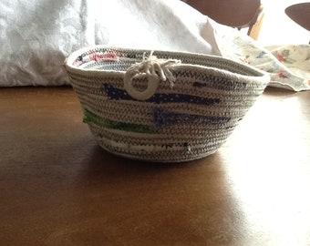 Handmade bowl of 100% cotton clothesline