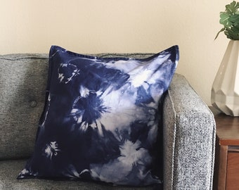 Hand-dyed Kumo Shibori Pillow Cover (cover only)