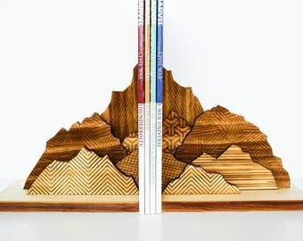 Bookends, Book ends, Mountain