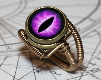 Eye ring, Purple Eye, Lizard eyeball, Snake eye, Dragon eye, Steampunk ring, Bronze,Dungeons and dragons Jewelry