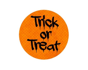 2 cabochons 14 mm glass Halloween Trick or Treat - 14 mm