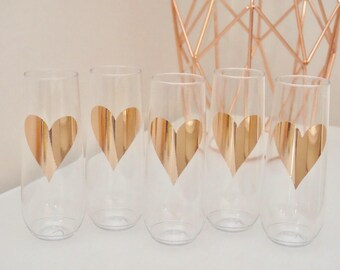 HEARTS Stemless Plastic Champagne Flutes - Bridal Shower Champagne Flutes | Bridesmaids Glass | Wedding Champagne Flutes | Bridal Shower Cup