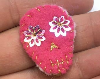Pink skull pin, pink skeleton brooch, skeleton jewelry, day of the dead, skull brooch, pink skull pin, Halloween brooch, pink skeleton,