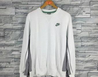 Vintage 90's NIKE Swoosh Sweatshirt Women Large White Sportswear Streetwear Nike Crewneck Sweater Nike Jumper Outfir Size L
