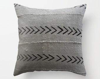 Authentic Mudcloth Pillow Cover, Mali Bogolan, Light Gray, Light Grey, Black, Arrows
