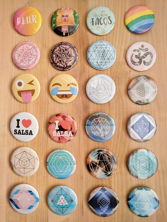 "2.5"" Pinback Buttons"