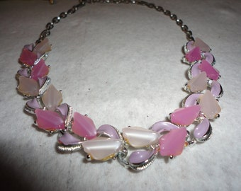 20% OFF Vintage  Pink Thermoset Necklace - 2 toned - pinks - jewelry - vintage - estate - 1950's - spring - summer