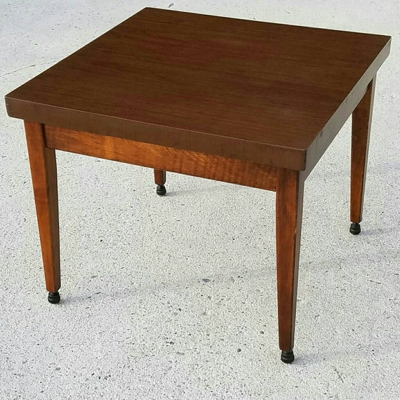Rolling Table End Table Baumritter Roundabouts Table On Acme