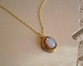 Opal  Necklace Opal Locket Trending Necklace Fire Opal Necklace Wife Vintage Opal Necklace Brass Locket Fire Opal Gold Chain Opal Jewelry