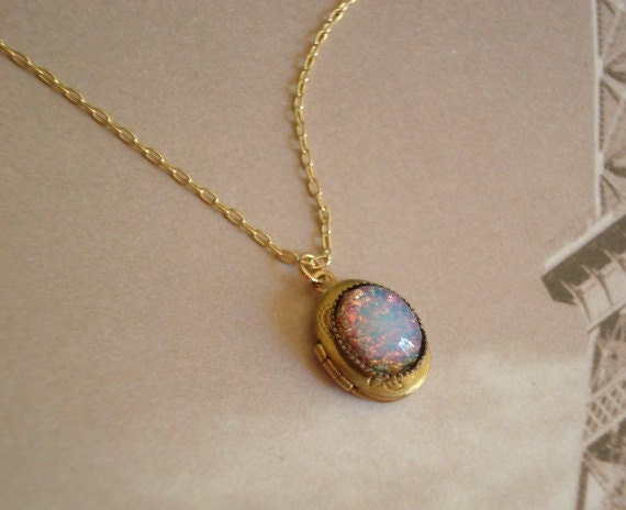 nouveau opal gold art pendant and antique victoria in lockets products