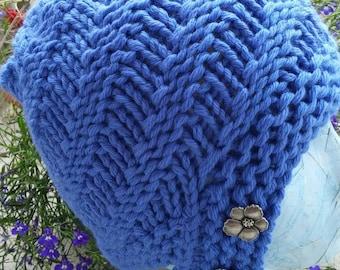 Blue cloche hat, superwash merino wool hand knit beanie, women's or teen cloche hat with buttons, thick warm winter hat, hand knit gift idea