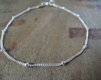 Sterling Silver Satellite Bracelet, Minimalist Chain Bracelet, Dainty Bracelet, Layering Silver Bracelet, Ball Chain Silver Bracelet,