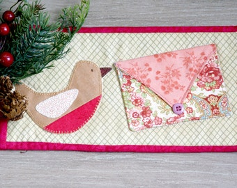 """Christmas Robin Mug Rug (9 1/2"""" x 5"""") ~ Hand Appliqued ~ Machine Quilted ~ Mini Quilt ~ Coaster ~ Place Mat ~ Candle Mat ~ Table Mat"""