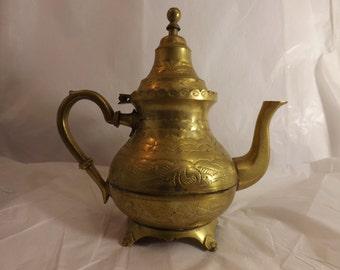 FREE SHIPPING vintage brass teapot (Vault B3)