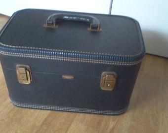 Traincase , Dark Green, old suitcase, makeup case, vintage luggage, Mendel, Cincinnati