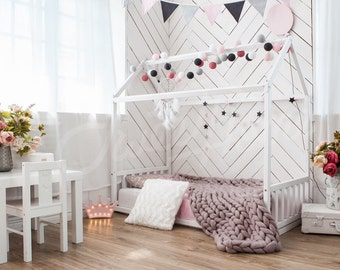 Nursery bed Frame bed Play house House bed Bed home Home bed Kid bed Toddler bed Scandinavian design Baby bed Waldorf developing toys