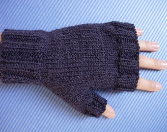 navy blue fingerless gloves for men knitted with yarn 100% wool