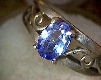 Beautiful Tanzanite silver ring