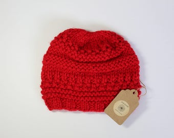 Red knit hat,Chunky knit beanie,knit hat,Knit winter hat,hand knit beanie hat,wool hat,knitted hat