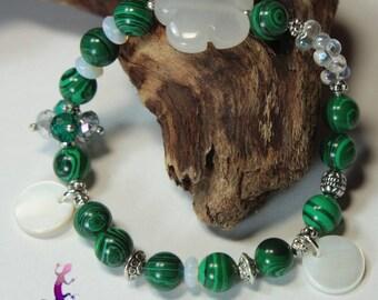 """Bracelet """"Santiago"""" malachite, opalite, quartz with sequins flower mother of Pearl"""