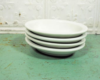 Four Vintage Walker China Oval Vitrified Dishes, Slaw Dishes, Diner Restaurant White Oval Bowls