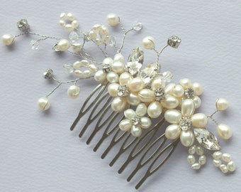 Pearl Garden- Vintage Style Freshwater Pearl and Rhinestone Bridal Comb