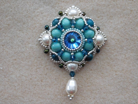 Bead pendant jewelry tutorial pattern instructions aloadofball Image collections