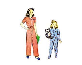 1940s Little Girls One Piece Pajamas Simplicity 2199 Vintage Sewing Pattern Childs Size 2 Breast 21