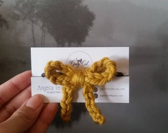 Simple bow hair tie