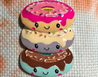 Cute Donut Stack Needle Minder