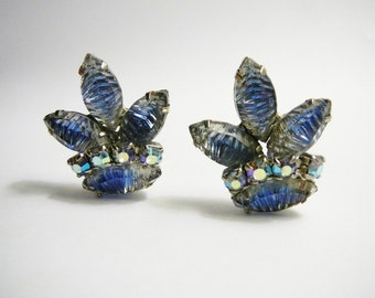 Vintage Blue carved glass crystal rhinestone clip on earrings silver tone Crown