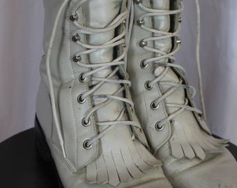 J- made in mexico white fringe boots