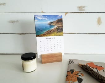 2018 Desk Calendar With Stand / mini desktop calendar, small desk calendar, travel calendar, 2018 monthly calendar, office decor, photo cal