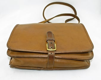Vintage Coach 1970's NYC Bonnie Cashin Era Saddle Pouch Crossbody Messenger Bag in Tan/Camel Glove-Tanned Leather, Authentic Coach Bag