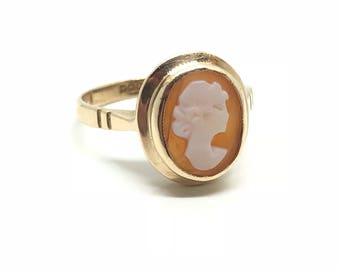 Vintage Cameo Ring | 9ct Cameo Ring | 1966 Hallmarked | 9ct Dress Ring | Size K USA 5 1/4