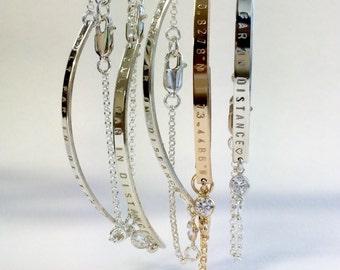 Birthstone bracelet / Diamond nameplate / Bridesmaid jewelry / Silver bar bracelet with diamond / Mom jewelry / Nameplate bracelet with CZ