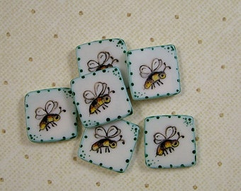 Wee Bee Button set of 6