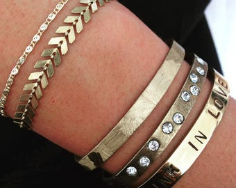 Golden brass chevron chain bracelet