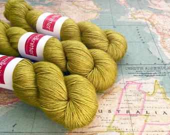 Tanami baby camel and silk hand dyed 4ply yarn - Huon Orchard