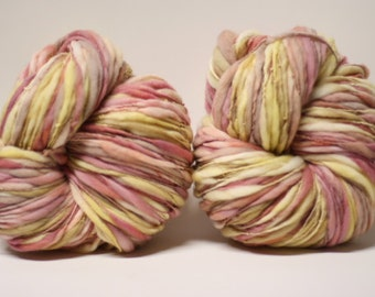 Thick and Thin Handspun Merino Slub Wool Yarn tts(tm) Hand dyed Half-Pounder LR 1610x